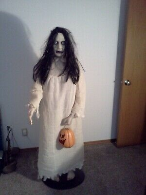Gemmy 2006 Life Size Donna The Dead Animated Halloween Prop Fully Working 5 Ft.