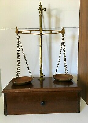 Antique WT Avery Apothecary Scale