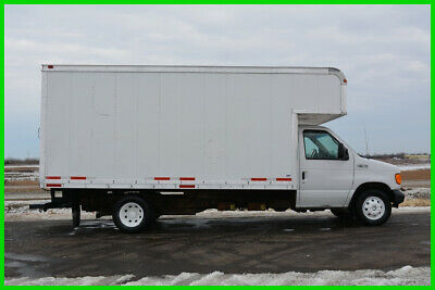 2005 Ford E450 16ft Attic Box Truck - Excellent Moving or Delivery Truck