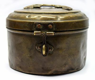 Vintage Indian Old Beautiful Handcrafted Brass Storage Box home decor.G66-241 AU