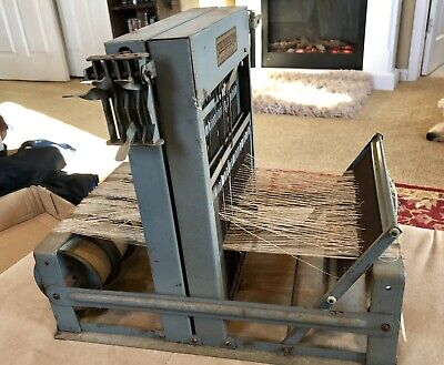 Nice Vintage Structo Artcraft 8 Shaft Table Loom Fresh From Estate