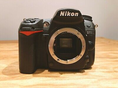 Nikon D7000 Digital SLR Camera Body * BOXED * FREE BATTERY GRIP MB-D11