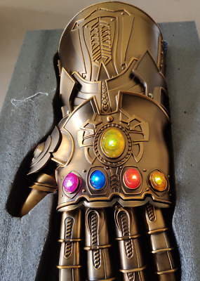 HCMY Thanos Infinity Gauntlet Full Metal 1:1 Wearable Cosplay Statue LED Props