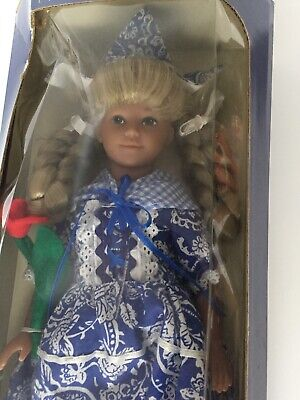 Dolls Of All Nations Collection Holland Dayton Hudson Corporation