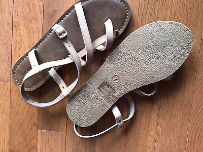 2831d0c7357 WOMEN S MAI THONG Sandals Mossimo Supply Co.™ SIZE 11 -  17.99 ...