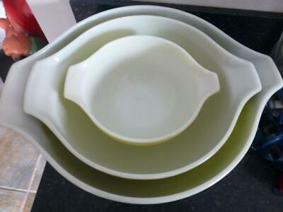 Vtg Pyrex green verde 3 cinderella mixing bowl Set 444 443 441