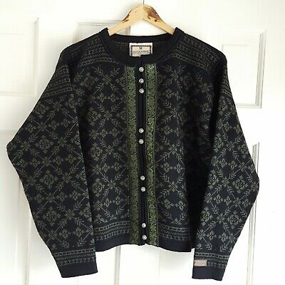 e298e5fe8ec Vintage DALE OF NORWAY Dale Casual Wool Cardigan Sweater in Green and Black  - M