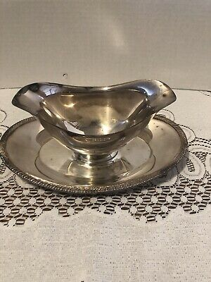 Vintage Oneida Ltd-Silver Plate Gravy Boat W/attached Under Plate-Clean
