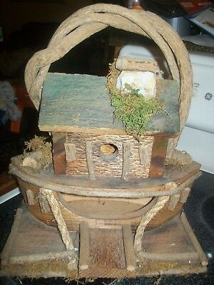 """Guc Pre-Owned Hand Made Wooden """"Noah's Ark"""" Bird House"""" Very Nice Top Quality"""