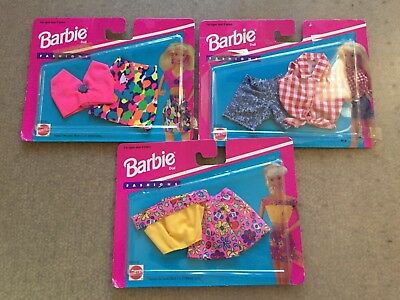 Mattel 1995 3x Barbie Fashion outfits Brand New