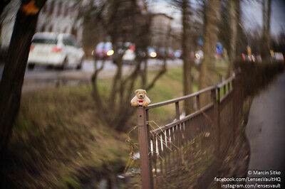 Petzval swirly bokeh - SOM BERTHIOT 50/1.5 converted to Sony E with focusing!