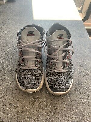 hot sale online e211f 59fc9 Nike Lunar Flyknit Chukka Wolf Grey 554969 001 Sz 10.5 RARE Gray Red White