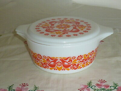 "Vintage Retro 1970's Pyrex Usa   Lidded Casserole Dish ""friendship""  21/2 Qt."