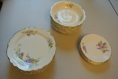 1938 Homer Laughlin Virginia Rose 26 piece set. Plates and Soup Bowls Virginia