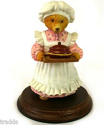Mrs Bumble Rules The Kitchen #2010-9  Upstairs Downstairs Bears Figurine Dept 56