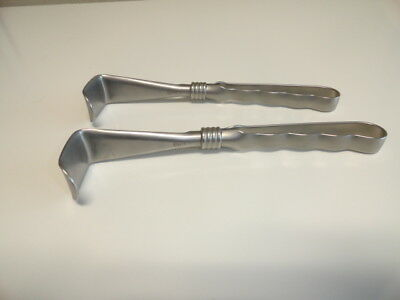 Lot of 2 Aesculap BT481R Curved Surgical Retractor