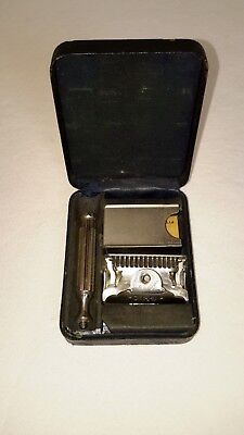 GEM Micromatic Safety Razor With Box and Blade Vintage