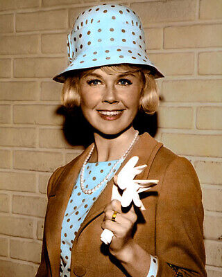"""Doris Day The Thrill Of It All 1963 Actress 8X10"""" Hand Color Tinted Photograph"""