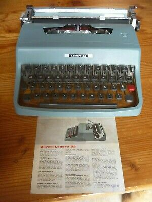 Vintage 1960s Olivetti Lettera 32 Typewriter Made in ITALY RARE COLLECTOR ITEM