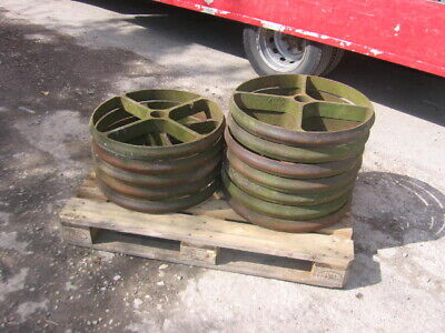 Set Of 4 Old Cast Iron Wheels  Ideal Glamping Caravan Shepards Hut Wheels Etc