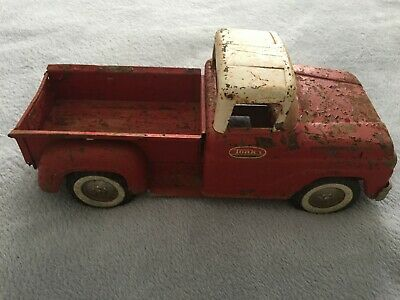 VINTAGE 1960'S TONKA RED /WHITE STEP SIDE PICKUP TRUCK with TAILGATE