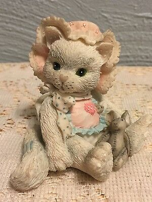 Enesco 1992 Calico Kittens Collectible Figurine Love's Special Delivery Cat