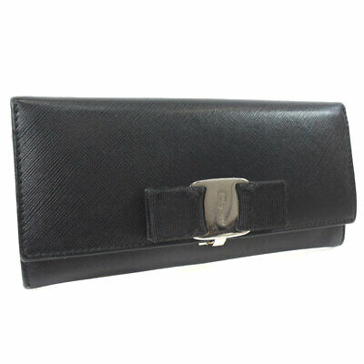 AUTHENTIC Salvatore Ferragamo purse leather Women