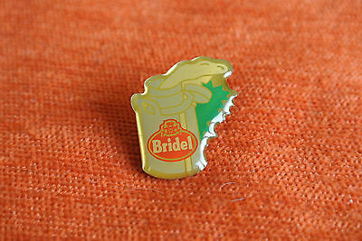 15813 Pin's Pins Lait Milk Bridel