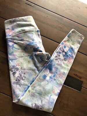 688159473fe67f Alo Small Runway Floral Pastel Airbrush Blue Leggings Size XS Small Yoga  Gym S