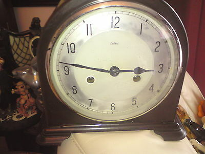 Enfield Dome Top Bakelite Mantel Clock. SPARES OR REPAIRS, NO KEY,.