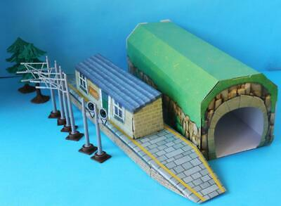 HORNBY JUNIOR STATION, TUNNEL etc from EXPRESS SET R1215 suit JOUEF HJ1501 SET
