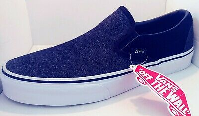 971bce1a17 Vans Classic Slip-On Shoe Suede and Suiting Black Skate Shoes Men s Size 9