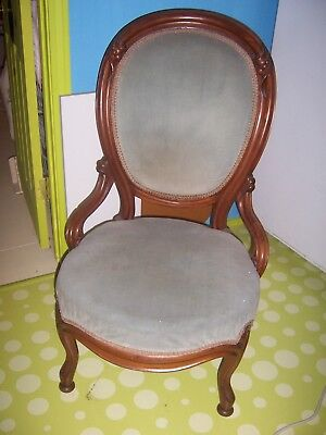Estate Antique Ladies Parlor Chair French Country Victorian Carved Wood