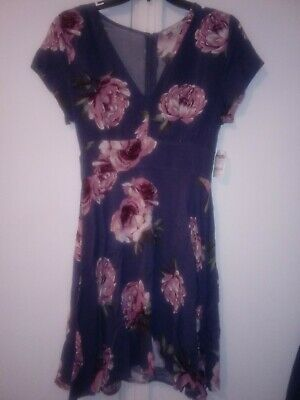 fbedbecd6 Dress Charlotte Russe Size Small deep navy dress with 2 pockets in