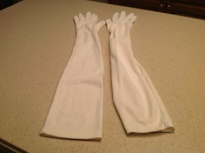 Ladies Vintage Gloves White Opera Gloves Size Small Very clean Some Pilling