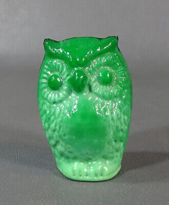 Art Deco Bohemian Czech Malachite Green Glass Wise Owl Bird Figurine