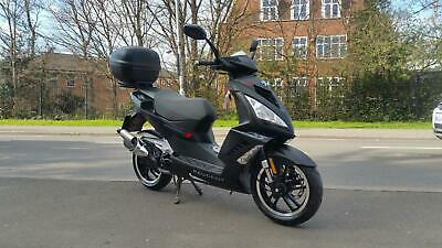 Peugeot Speedfight 3 50cc Darkside learner legal scooter only 500 miles form new