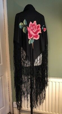 Beautiful Vintage Antique Black Rose Embroidered Fringed Piano Shawl 1920s