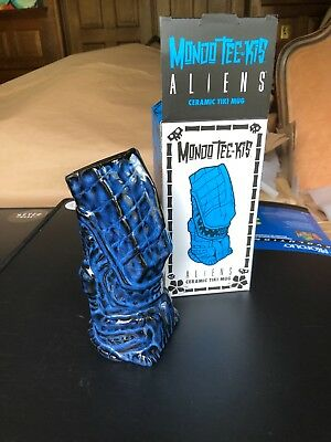 - Black/green Hive Limited Edition Mondo Tee-kis Alien Tiki Mug ceramic Nib