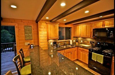 3 Nights: Village Chalet in Lake Arrowhead Chalet by RedAwning ~ RA48804