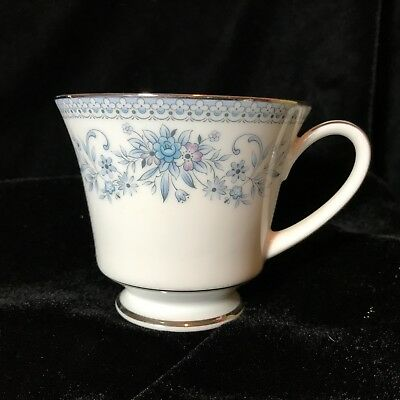 Noritake Contemporary Blue Hill Tea Cup Platinum Trim 2482 EUC