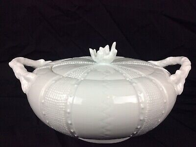 """Paris Royal Sea Urchin Coral Covered Dish With Lid Bowl White Porcelain 10"""""""