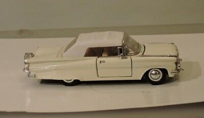 Cars, Trucks & Vans 1:32 SCALE 1963 CHEVY CORVETTE STING RAY COLOR