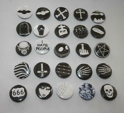 versch. Button Pin Gothic Batcave Punk Psychobilly Deathrock Siouxsie Bats Skull