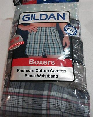 Gildan Men's Boxers 5 Pack NEW Size Medium 32-34 Premium Cotton Comfort Plaid