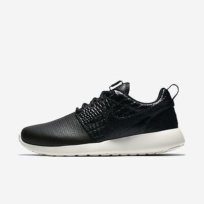 fc10c370cd52a NIKE ROSHE ONE LX Womens 881202-001 MSRP  130 -  58.00