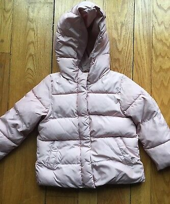 Baby Gap Girls Pink Puffer Jacket Attached Hood Size 5.years EUC