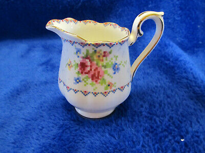 Royal Albert Bone China Petit Point Open Sugar Bowl And Creamer /// Nice ///