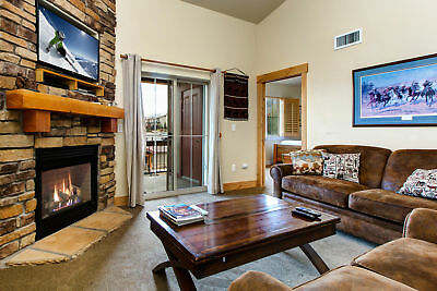 5 Nights: Bear Hollow Village Townhouse Condo by RedAwning ~ RA131900
