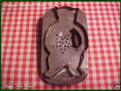 Antique TIN Vtg Xmas flatback Large TEDDYBEAR Pierced STAR Cookie Cutter AAFA